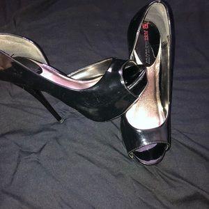 Black platform heel